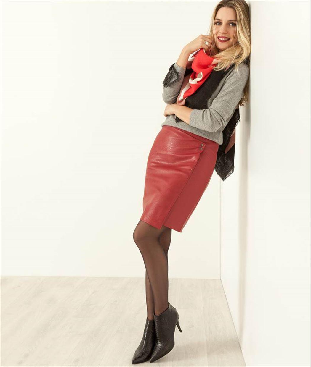 Jupe femme droite faux cuir couleur ROUGE