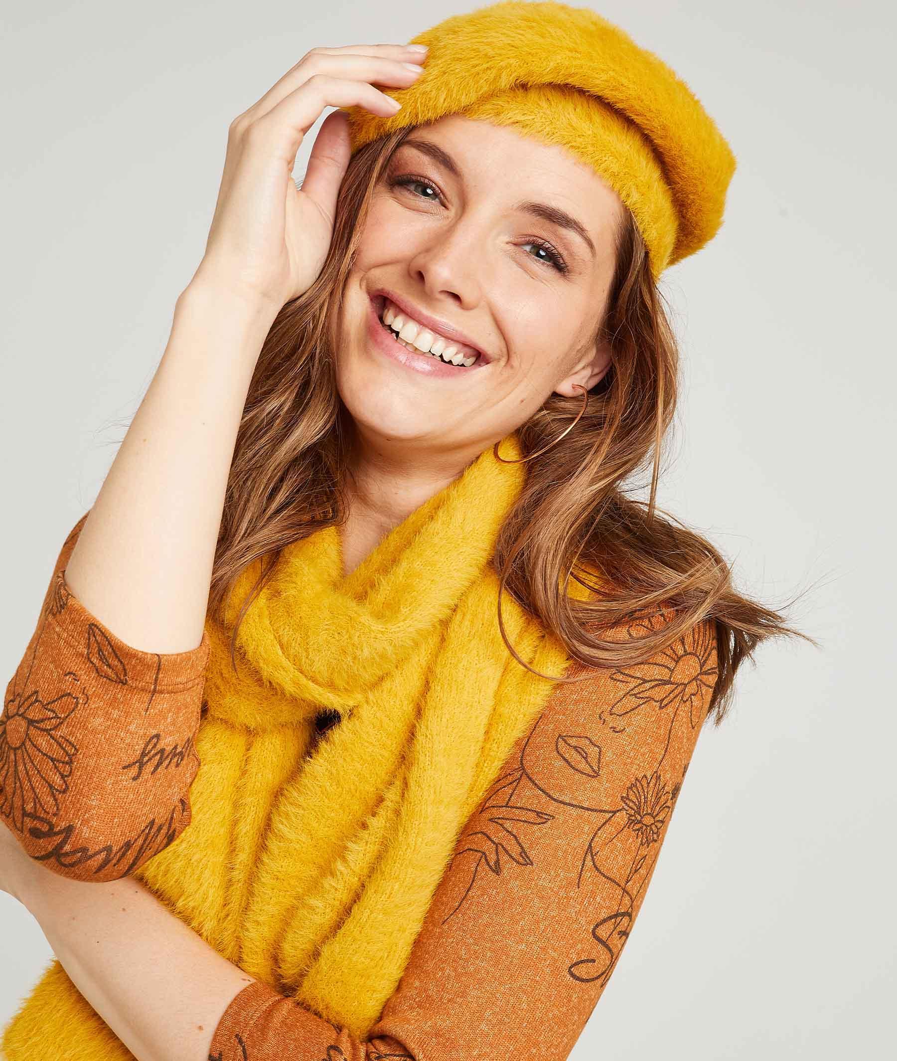 Echarpe femme douce et colorée JAUNE