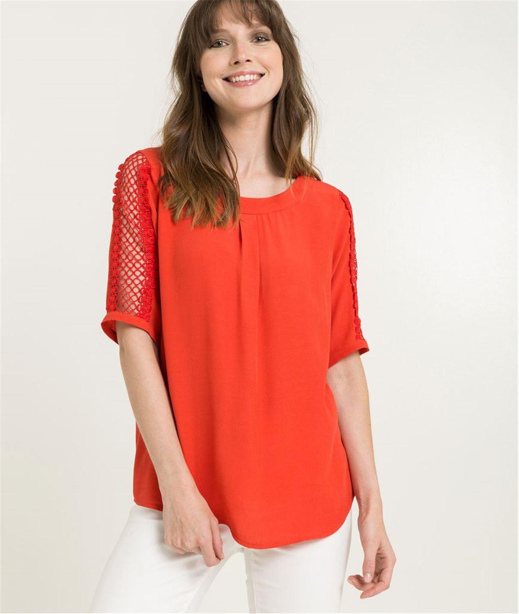 Blouse femme manches guipure ROUGE