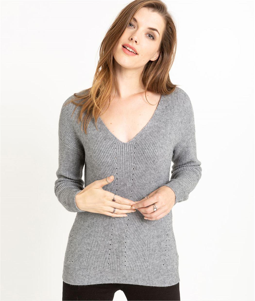 Pull femme en tricot décolleté V GRIS