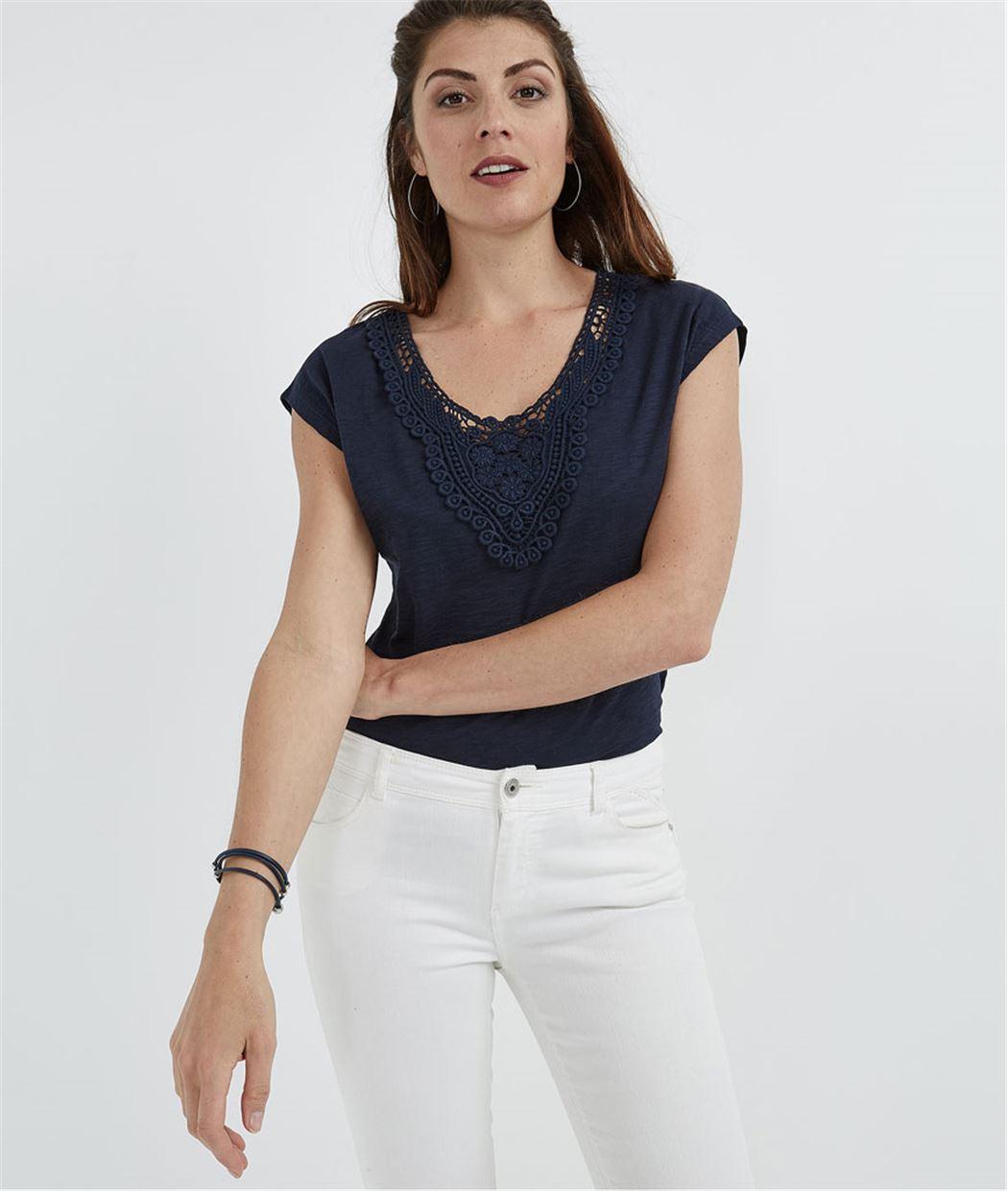 T-shirt femme avec col guipure MARINE