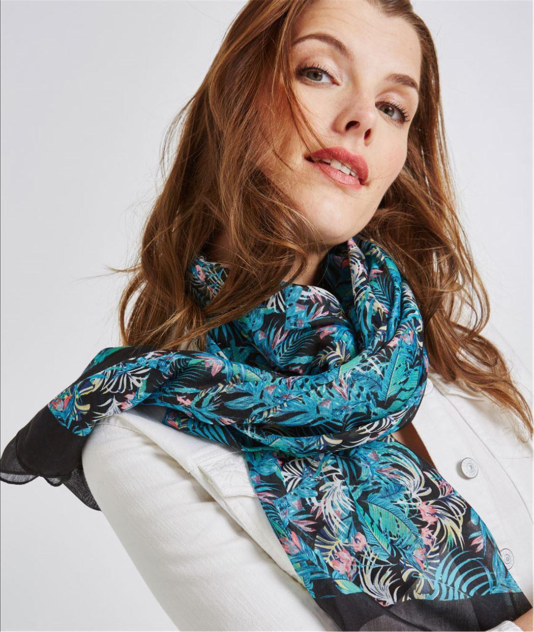 Foulard noir imprimé feuillages bleus NOIR
