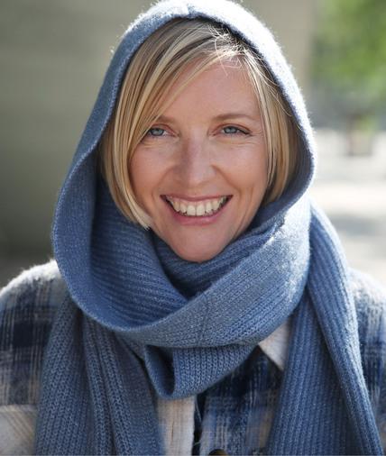 Echarpe tricotée à capuche femme BLEU